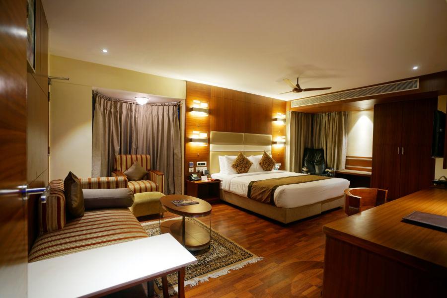 alt-text Platinum Suite at Hotel Daspalla Vishakhapatnam 2