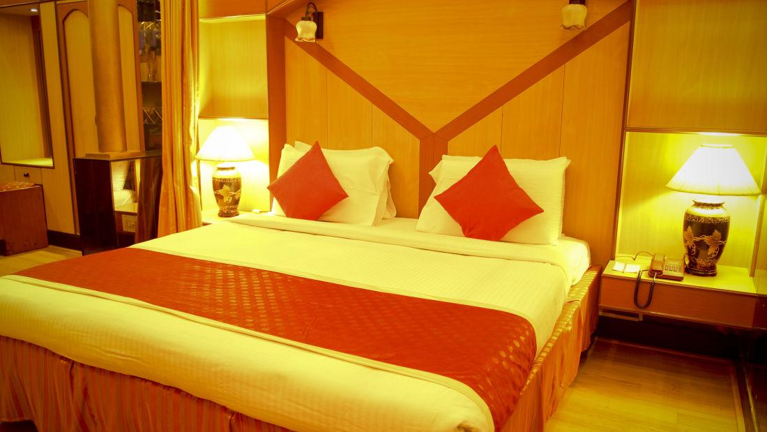 Rooms Hotel Yasodha Towers 51