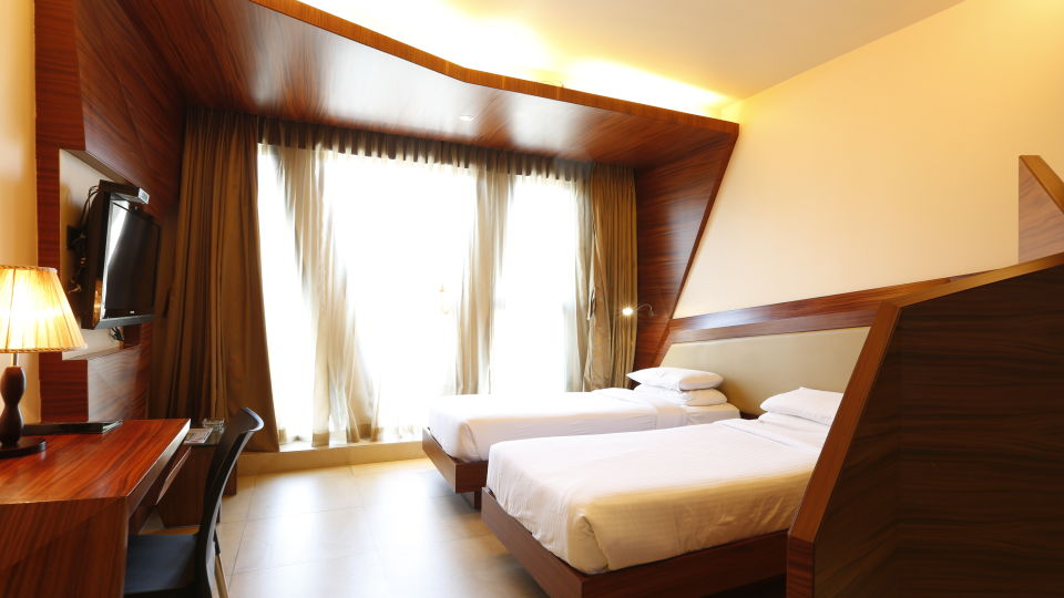 Deluxe Rooms in Hotel, Hotel Dragon Fly Andheri Mumbai