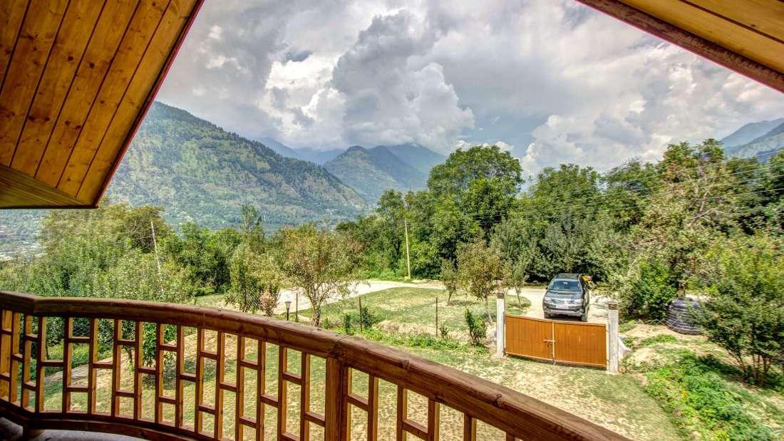 Baragarh Villa Kullu Baragarh Villa outside view Baragarh Villa Kullu Himachal Pradesh