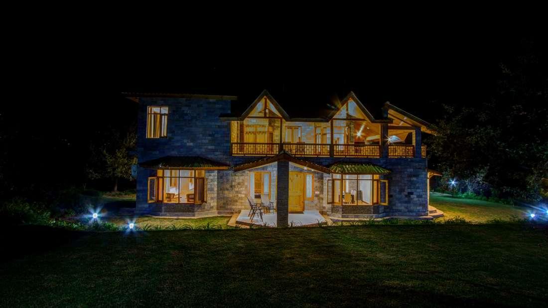 Baragarh Villa Kullu Nightview Baragarh Villa Kullu Himachal Pradesh