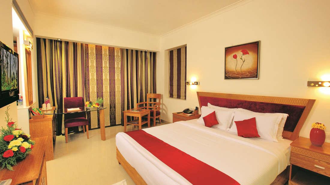 Deluxe room Biverah Hotel Suites Trivandrum Thiruvanthapuram