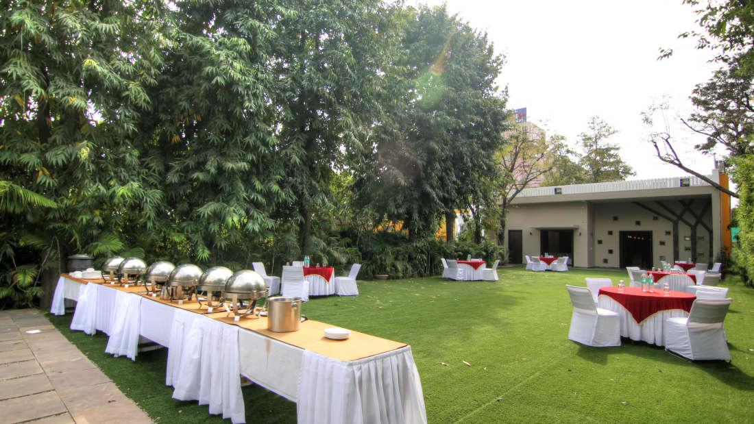 Banquet Hall Hotel Devraj Niwas Jaipur