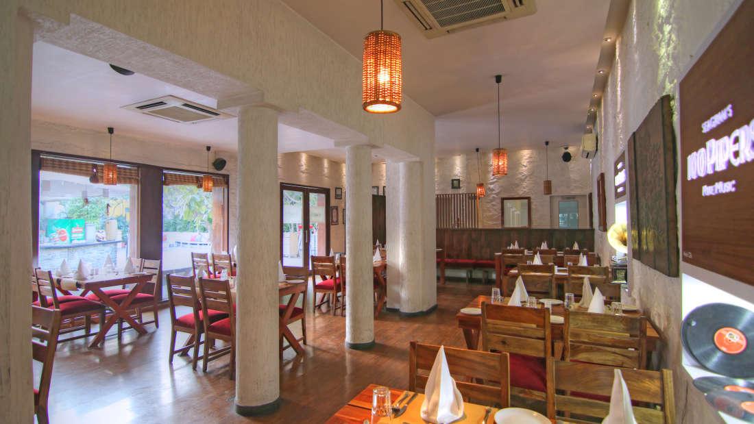 The Forresta Kitchen   Bar Hotel Devraj Niwas 9
