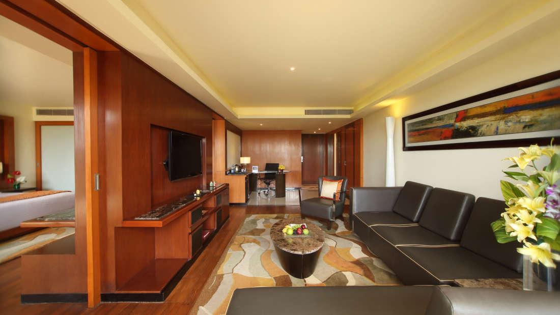 Executive Suite Hotel Gokulam Grand Bangalore