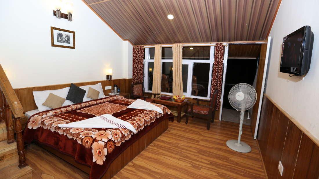 Hotel Natraj, Manali Manali Duplex Room Hotel Nataraj Manali 1
