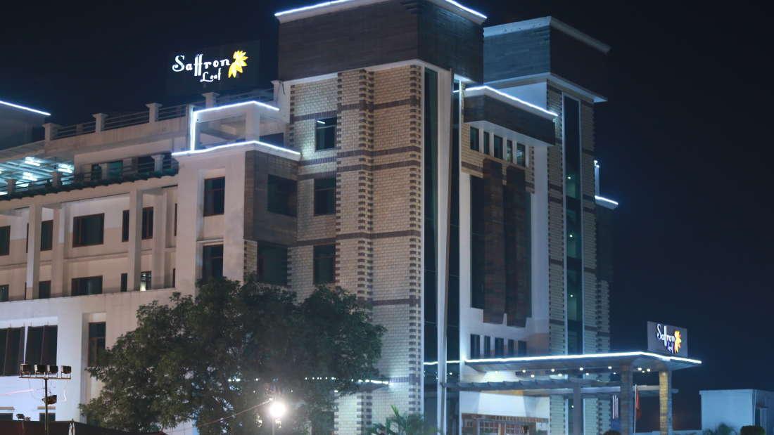 Hotel Saffron Leaf Dehradun 4