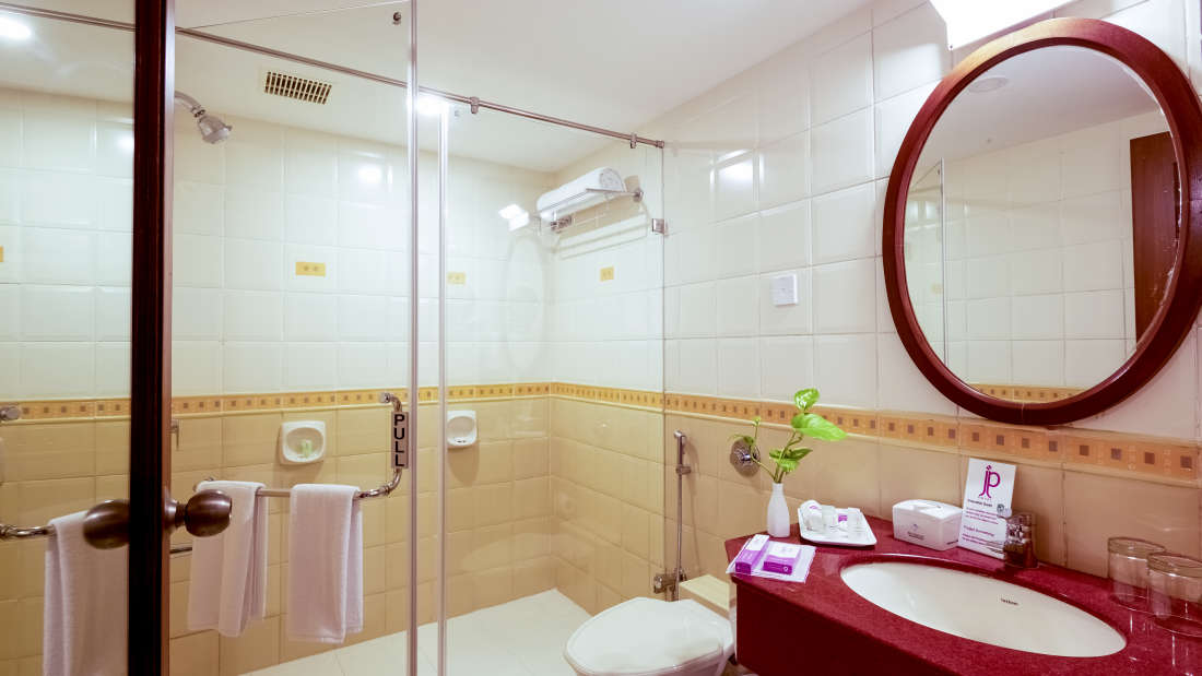 JP Hotel in Chennai Club Bath Room