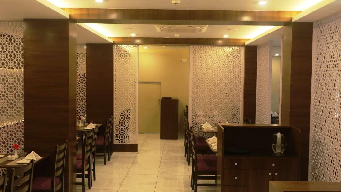 Crossroads, kamfotel Hotel Nashik, Restaurants in Nashik  11111