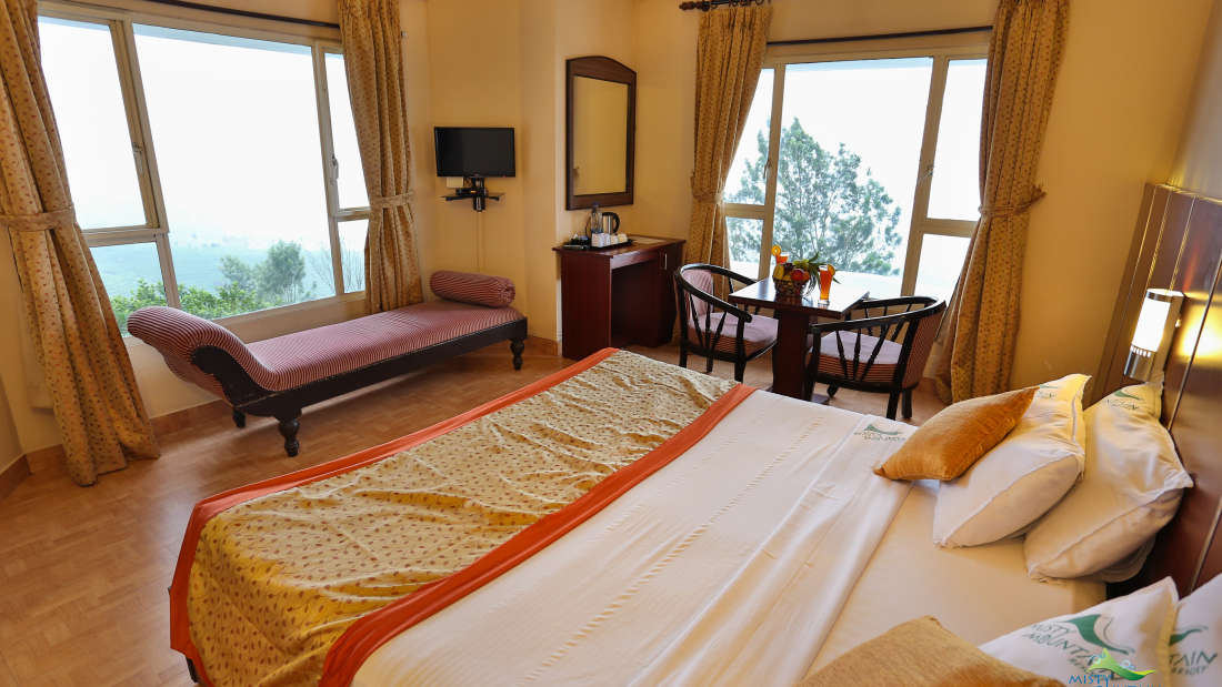 Misty Mountain Resort, Munnar Munnar Valley View Deluxe Room Misty Mountain Resort Munnar 3