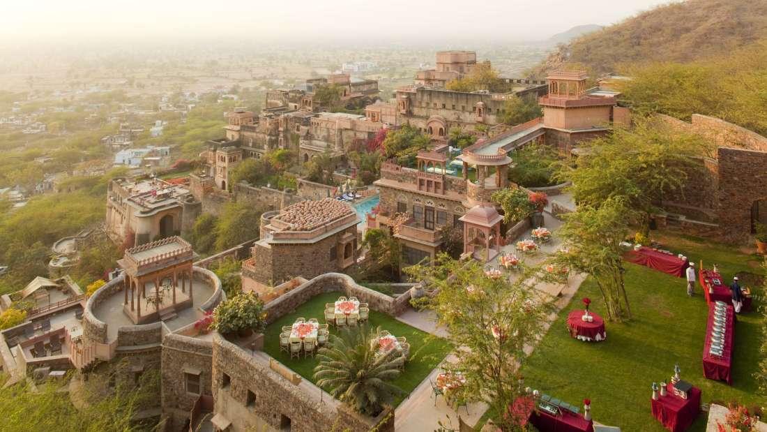 Neemrana Fort Palace Neemrana Facade Neemrana Fort Palace Neemrana Rajasthan 3