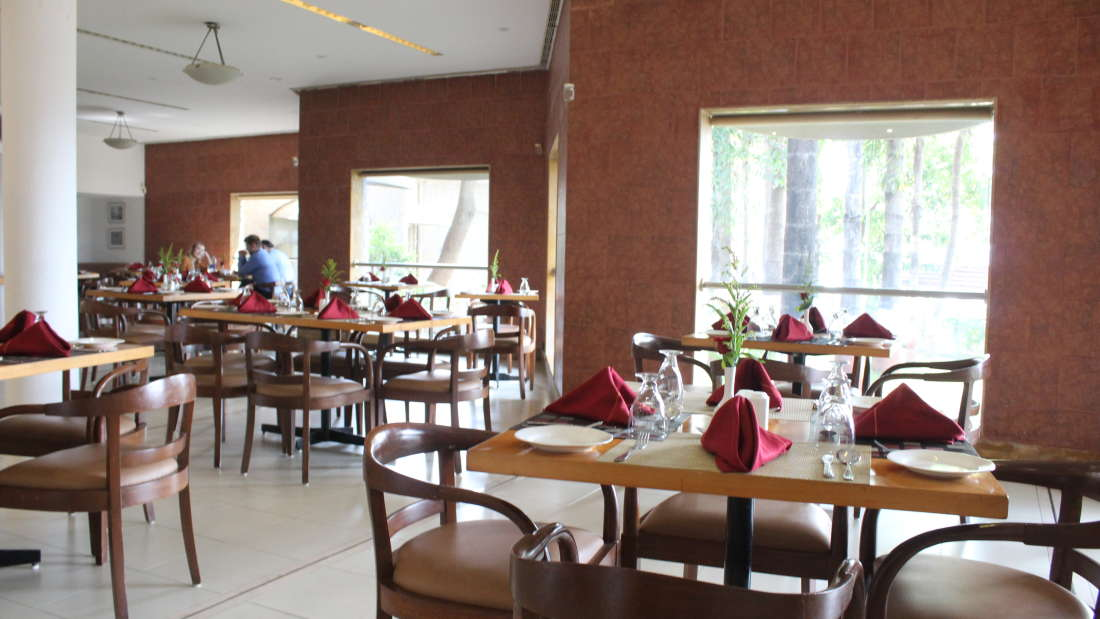 Ras Resorts in Silvassa Restaurant Bistro Lunch Dinner 1