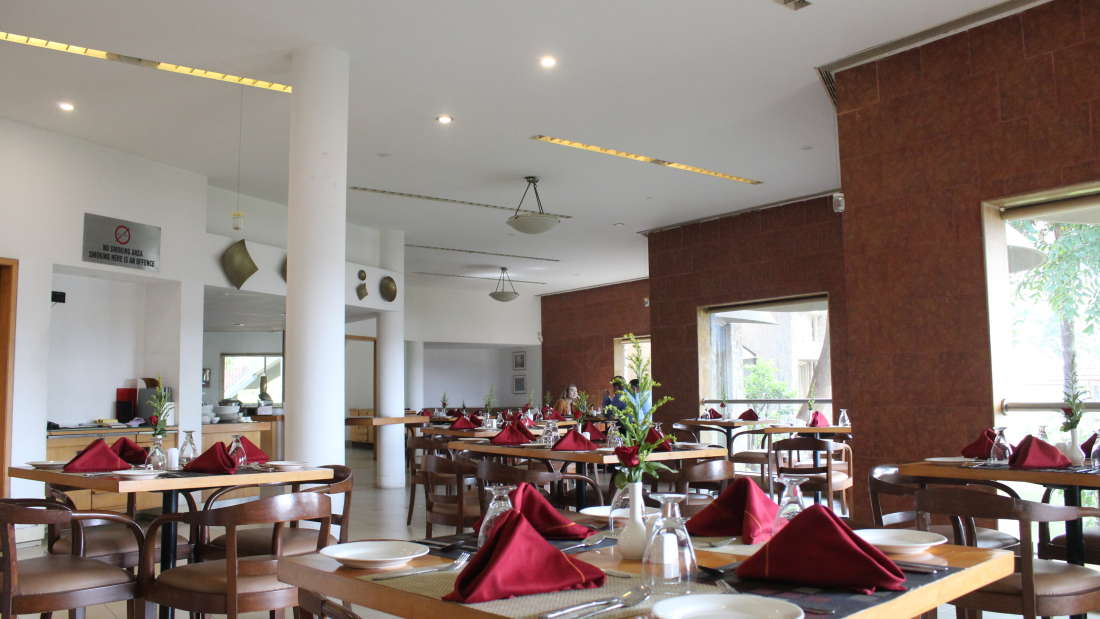 Ras Resorts in Silvassa Restaurant Bistro Lunch Dinner 2