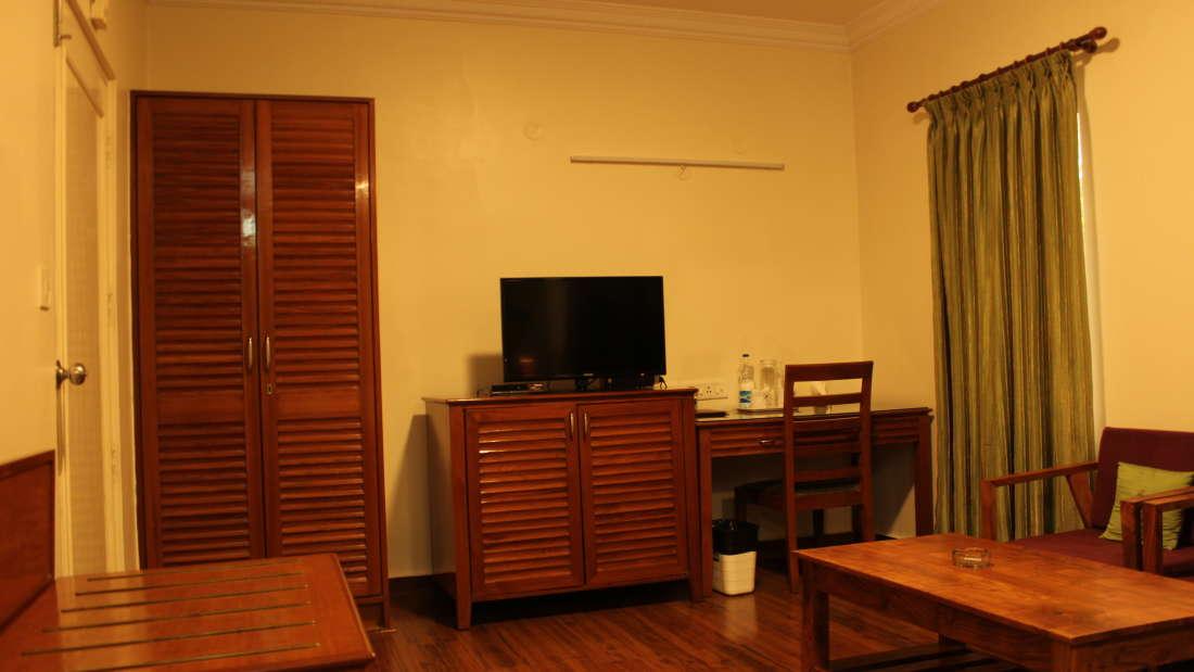 Luxury Suite Trinity Suites Ulsoor Bangalore 1