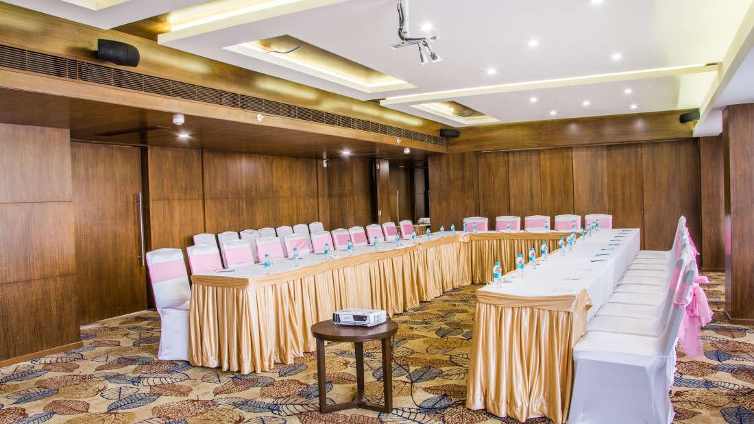 Summit Hall 1