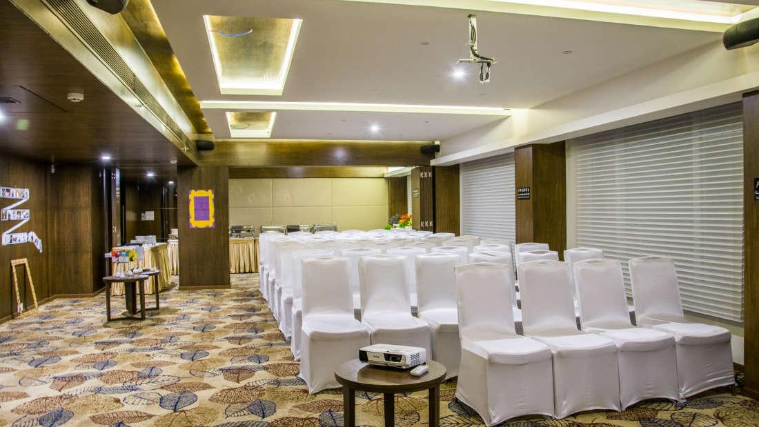 Summit Hall 4