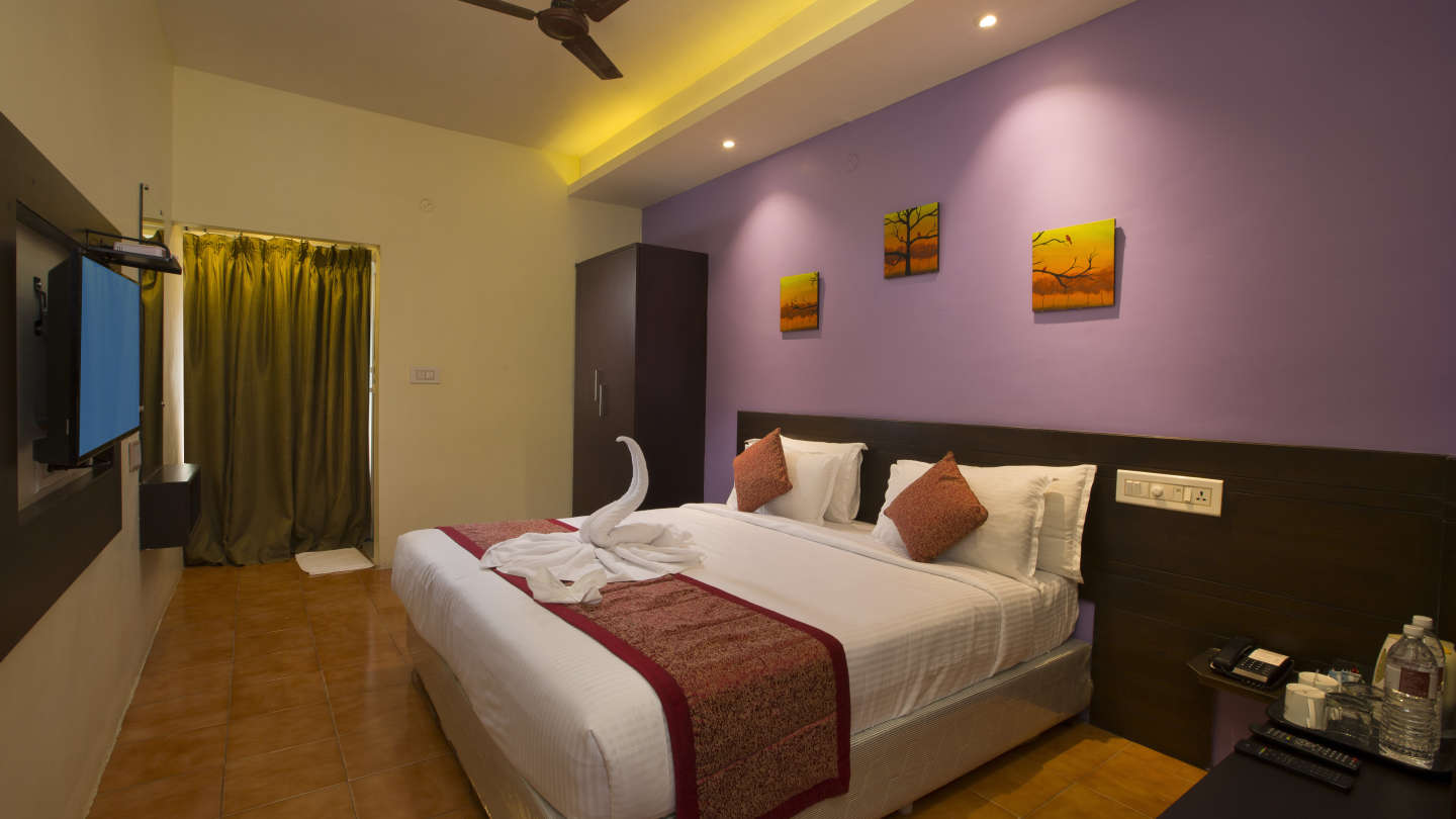 Suite at TGI Star Holiday Resort Yercaud 4