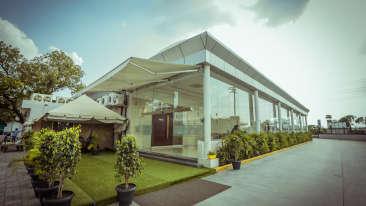 Pride Hotel & Convention Centre, 5-Star Hotel in Indore