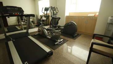 Facilities at Temple Tree Hotel, Hotel Near Lalbagh 4