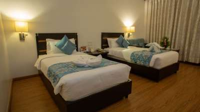 Hotel Kanha Shyam Hotel Near Prayagraj High Court