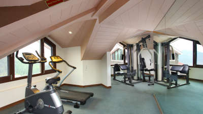 Fitness Center Marigold Sarovar Portico Hotel in Shimla, hotel in shimla with gym