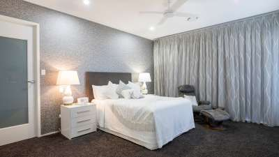 apartment-bed-bedroom-2775320