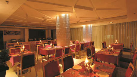 Diners  Summit Multicuisine restaurant Biverah Hotel Suites Trivandrum Thiruvanthapuram