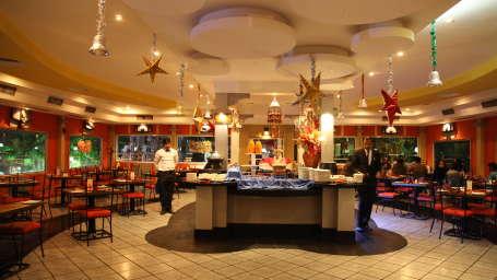 Restaurant in Kolkata, Floatel Kolkata, The Bridge Restaurant 10