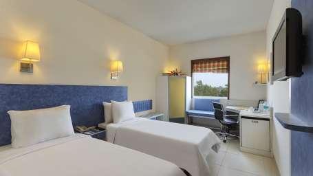 Suite Room Hometel Roorkee 1