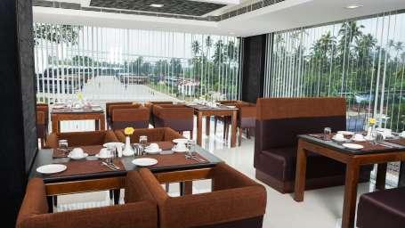 Hotel Abaam, Kochi Cochin 017 Coffee shop
