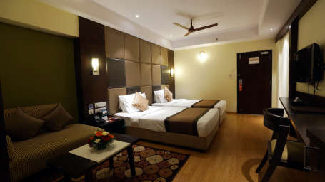 Platinum Club at Hotel Daspalla Vishakhapatnam 5