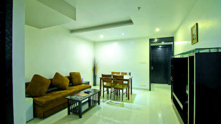 Suites in Chennai, Hotel Gokulam Park Chennai, Stay Near Ashok Road 2475