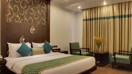 Standard Room hotels in paharganj Grand Godwin New Delhi 5