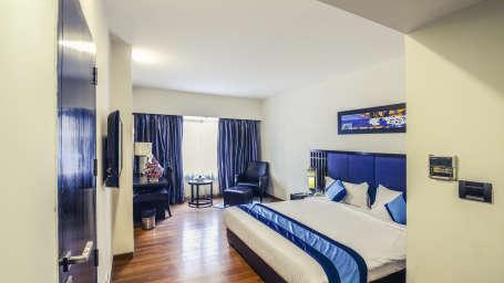 Deluxe Room 9