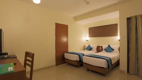 Executive Room 2 - Twin Bedding 1