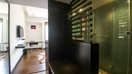 Hotel rooms in Pune, Stay in Pune, Hotel Mint Lxia, Pune-1