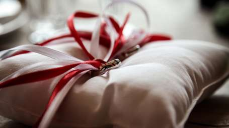Hotel Nidhivan Sarovar Portico, Mathura Mathura rings-marriage-wedding-jewellery