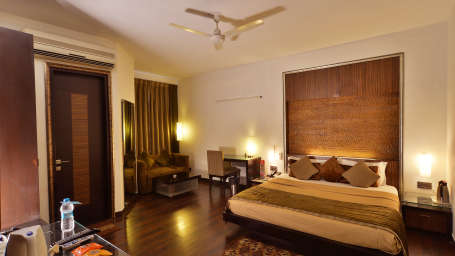 Hotel Shreyans Inn, Safdarjung Enclave, New Delhi Delhi Shreyans Inn Safdarjung Enclave New Delhi Luxury Rooms22