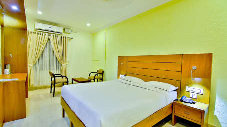 ROOMS , Sree Gokulam Fort Hotel , Budget Hotel in Thalassery1