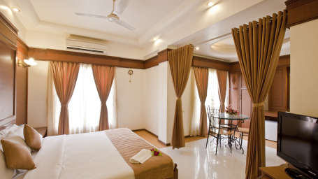 Hotel Summit, Ellisbridge, Ahmedabad Ahmedabad Suite Hotel Summit Ahmedabad