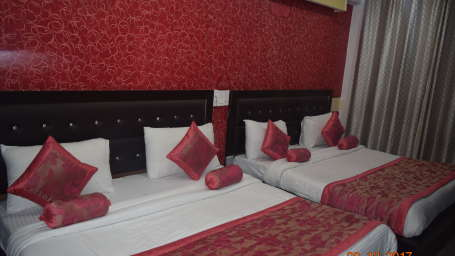 Deluxe Triple Bed A/C Room at Hotel Trishul - Budget Hotels, Har ki Pauri Hotels, Haridwar Hotels