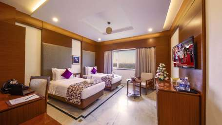 JP Hotel in Chennai Executive Room Open
