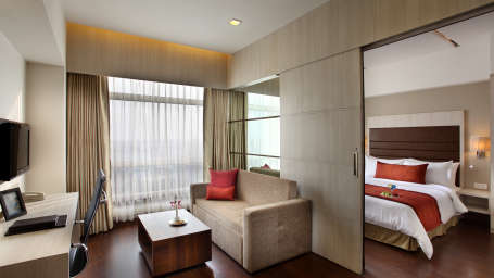 Suite at Mahagun Sarovar Portico Vaishali, best hotel rooms in ghaziabad
