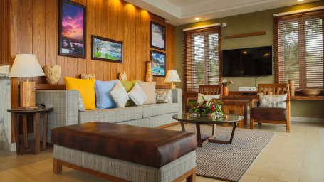 Living room roayl suite