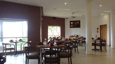 Ras Resorts in Silvassa Restaurant Bistro Lunch Dinner 3