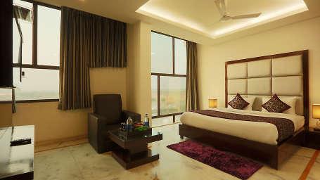 Star Hotels  Classic Room 13 Hotel Star Delhi 2