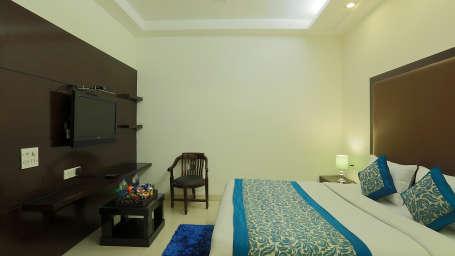 Star Hotels  Deluxe Room 9 Hotel Star Delhi