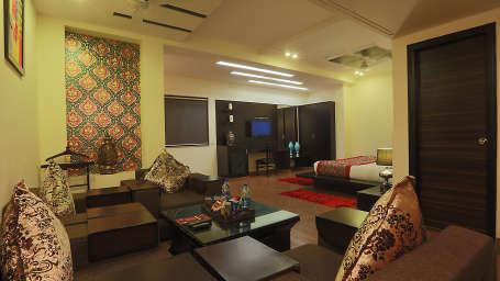 Star Hotels  Premium Suite Hotel Transit Delhi 3