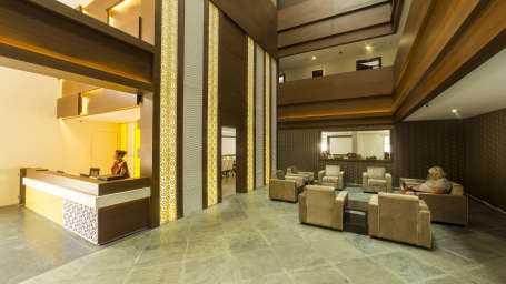 Lobby Reception at Summit Hampton Kerla 3