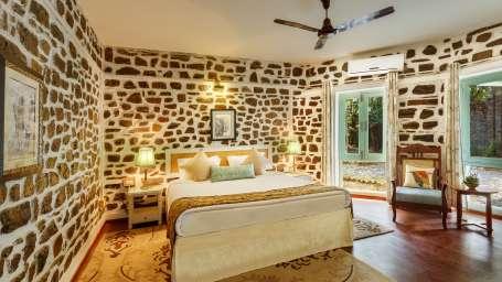 Bed room-The Bungalows Lake Side Naukuchiatal